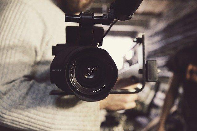הסבה מקצועית מטכנאי מיגון ואבטחה לצלם מקצועי
